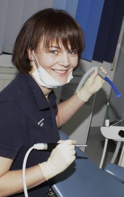 Zahnarzt Helferin Sabine Kriemann Prophylaxe und Vorbeugung - Zahnarzt Praxis Papczyk in Gera